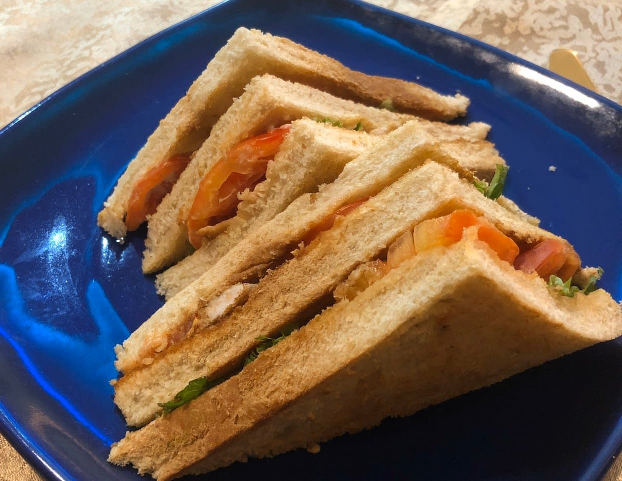 Tribe Afrik Club Sandwich - LET'S CHECK OUT TRIBE AFRIK, MAITAMA